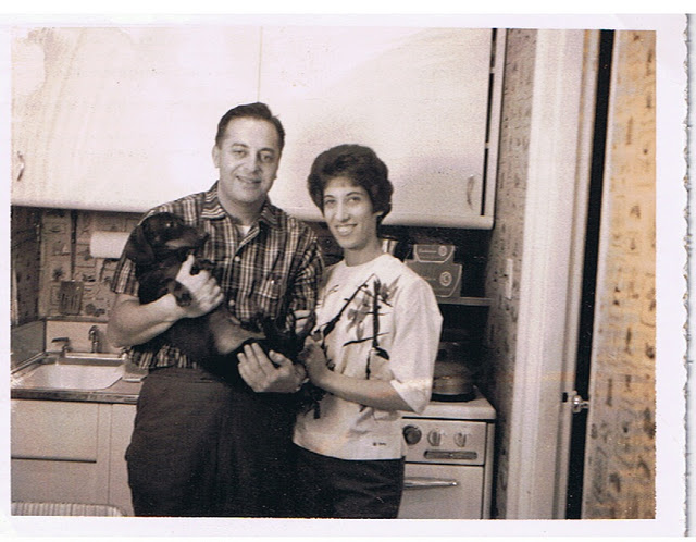 Founders of the first discount mattress store, Fred and Shirley Klein.